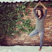 Sandradewi_yoga