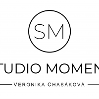Studio Moment